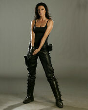 Black, Claudia [Farscape] (11360) 8x10 Photo