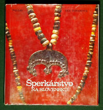 BOOK Jewelry in Slovakia Renaissance fashion painting ancient bead gold ring art