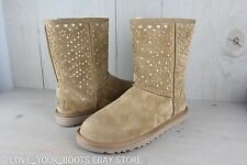 UGG CLASSIC SHORT FLORA PERF CHESTNUT SUEDE METALLIC GOLD WOMENS BOOTS  US 9 NIB