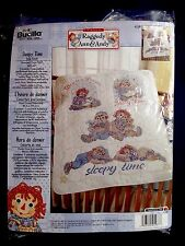 "Raggedy Ann & Andy Sleepy Time Crib Cover, Stamped Cross Stitch Kit 34""x43"""