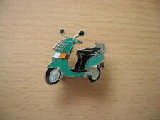Pin Vespa Piaggio Sfera verde Scooter Art. 0301