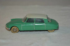 Dinky Toys 24C 24 C Citroen DS 19 in green in super original condition