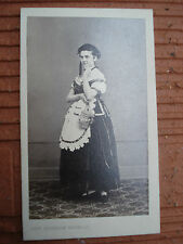 CDV  PHOTO  Une Alsacienne en costume et son pot a beurre Photographe BERNHEIM