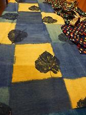 pour patchwork les feuilles  bleues et petites fleurs