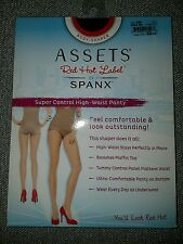 Assets Red Hot Label by Spanx size 4 D
