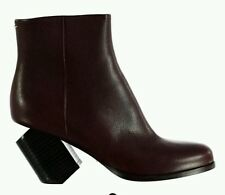 BNWB martin margiela broken bottines à talon. uk 5/38. £ 560. bourgogne.