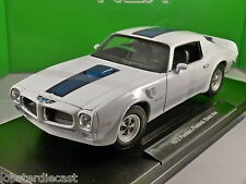1972 PONTIAC FIREBIRD TRANS AM in White 1/18 scale model by WELLY