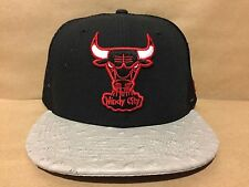 New Era NBA Chicago Bulls Ostravize 9FIFTY Strapback Mesh Cap Black/Gray/Red NWT