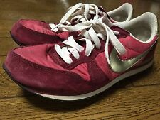 RED ☆ Vintage style NIKE Running Shoes for Sale ☆ USED