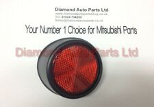 GENUINE MITSUBISHI L200 PASSENGER SIDE REAR REFLECTOR MR296243