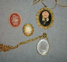 Lot of 4 Cameo Flower Jewelry 2 Pendants 2 Brooches Roses and Flowers