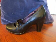 Women's Black Leather Clark heels size 6