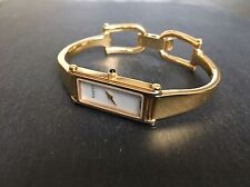 Ladies Gucci 1500L Gold Tone Designer Watch Bracelet Wristwatch Pearl Face