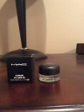 MAC Fluidline Eye-Liner Gel Blacktrack