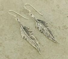 CUTE .925 STERLING SILVER DETAILED FEATHER EARRINGS  style# e0905