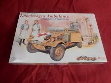 1/35 Cyber Hobby Dragon Kubelwagen Ambulance w/ Medical Team Medic Nurse # 6336