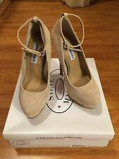 Brand New Woman's Taupe Steve Madden Opticall Pumps With Ankle Strap Size 5
