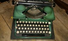 Typewriter Royal Green model p 1930s Excellent Condition