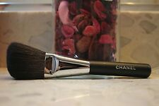 CHANEL powder Contour Brush #2 ANGLED POWDER BRUSH PINCEAU POUDRE BISEAUTe