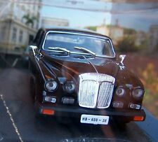 007 JAMES BOND Daimler Jaguar Limousine DS420 1:43 BOXED CAR MODEL Casino Royale