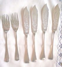 DANIEL & ARTER SILVERPLATE / 4 FISH / BUTTER KNIVES / 2 FORKS  ca 1900 Decorated