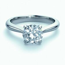 Certified 1.15 Carat Round Diamond Solitaire Ring, Platinum.