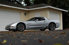 Chevrolet : Corvette 2dr Z06 Hard