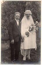 BK500 Carte Photo vintage card RPPC Couple mariage robe mariée bouquet fleurs