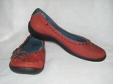 HUSH PUPPIES Red Suede Leather Ballet Flats Size 5 1/2 M Excellent Condition!!!