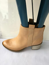 Clarks movie fiesta size 4.5 D genuine leather ankle womens brown boots unworn
