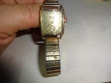 1940's GRUEN VERI-THIN MENS WRIST WATCH 10K GOLD FILLED BAND 17 JEWELS