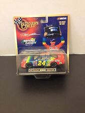 Winner's Circle - Jeff Gordon DUPONT - 1999  Monte Carlo - 1/43  Daytona 500 Win