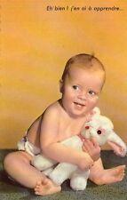 Enfants - Bébé avec son lapin - Eh bien ! j'en ai à apprendre...