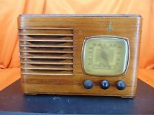 Vintage 1939 EMERSON BF-204 Wood Cabinet TUBE RADIO