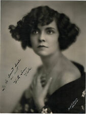 Vintage 7x9 photo picture black & White of Viola Dana signed autographed