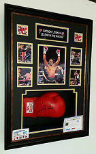 *** NEW ANTHONY JOSHUA SIGNED BOXING GLOVE  Display ***