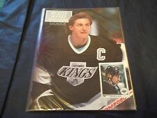 1990 Sept/Oct #1 Beckett Hockey Price Guide w/Wayne Gretzky/Patrick Roy - unread
