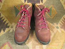 VASQUE A Division of RED WING SHOE Co SUEDE Leather  Boots size- 8C made in USA
