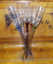 VINTAGE LOT (6) LONG COLORED TWISTED STEM TOASTING GLASSES IN OPTIC GLASS VASE