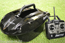 Waverunner Shuttle Bait Boat + Spare Batteries, Bag & Solar Panel