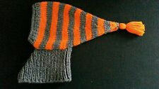 Hand knitted whippet/greyhound chapeau/écharpe multi couleur gris/rayure orange