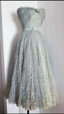 Anni 1950 EISA Haute Couture Wallis Blu Chantilly Lace Abito da cocktail