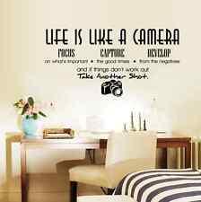 Fai DA TE ARTE Adesivi Murali Frasi fotocamera Vita Muro Sticker Home Room Decor rimovibile