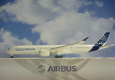 HOGAN Wings 1:200 Airbus a350-1000 Airbus House color as12 + Herpa WINGS Catalogo