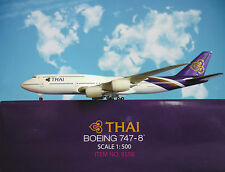 Hogan Wings 1:500 Boeing 747-8  Thai Airways LI9598 + Herpa Wings Katalog