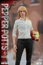 Iron Man 3: 1/6th scale Pepper Potts & Mark IX Collectible Figures Set