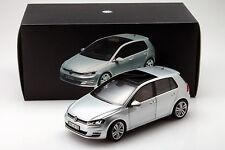 Volkswagen VW Golf VII Year 2013 silver 1:18 Norev
