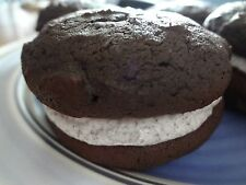 SOFT & CREAMY HOMEMADE COOKIES AND CREAM WHOOPIE PIES (30 COOKIES)