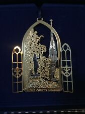 2013 NEW IN BOX DISCONTINUED ANNUAL COLLECTIBLE NOTRE DAME CHRISTMAS ORNAMENT