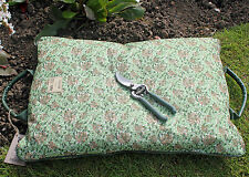 Briers Garden Kneeler Cushion in William Morris Honeysuckle